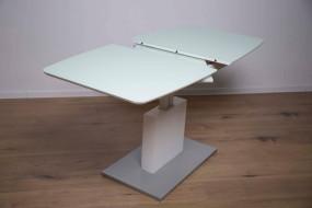 Samorozsuwne stoły