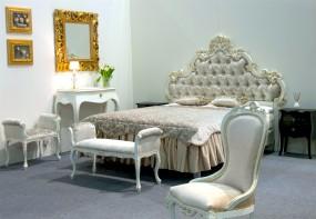 Łóżko z tapicerowanym zagłówkiem łoże do apartamentu hotelowego