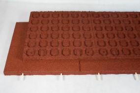 Płyta z granulatu gumowego 4cm 100x50x4cm